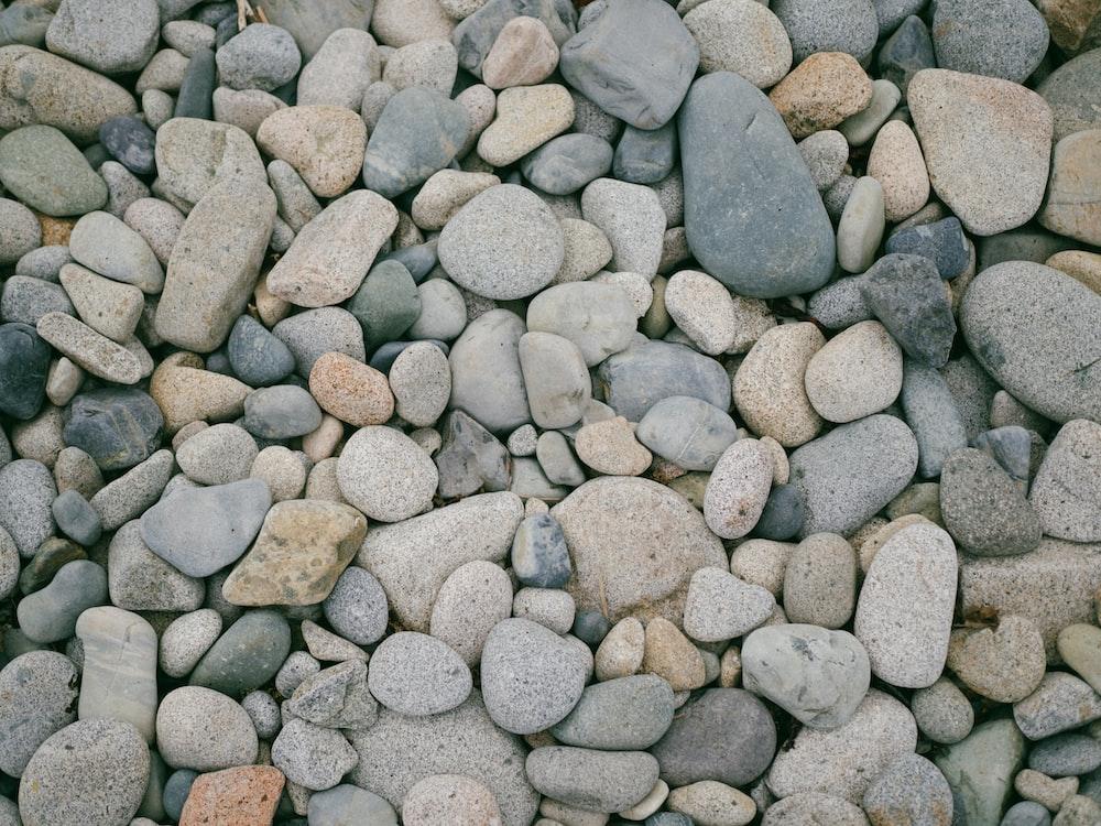 white pebble lot