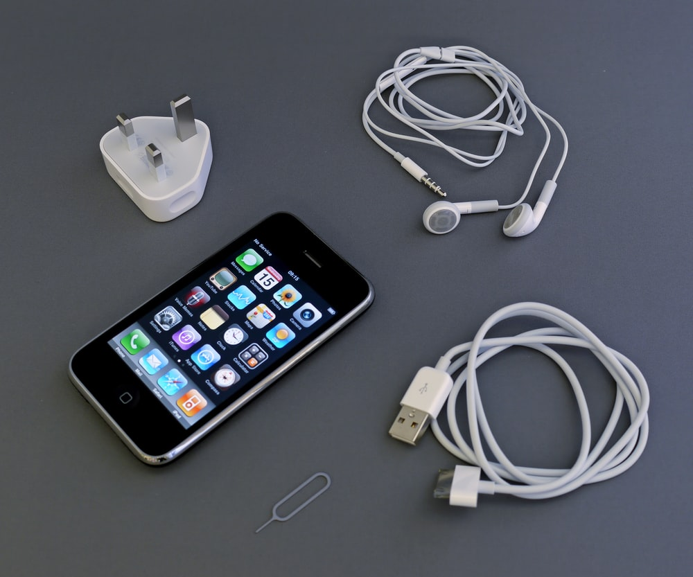 black iPhone 4