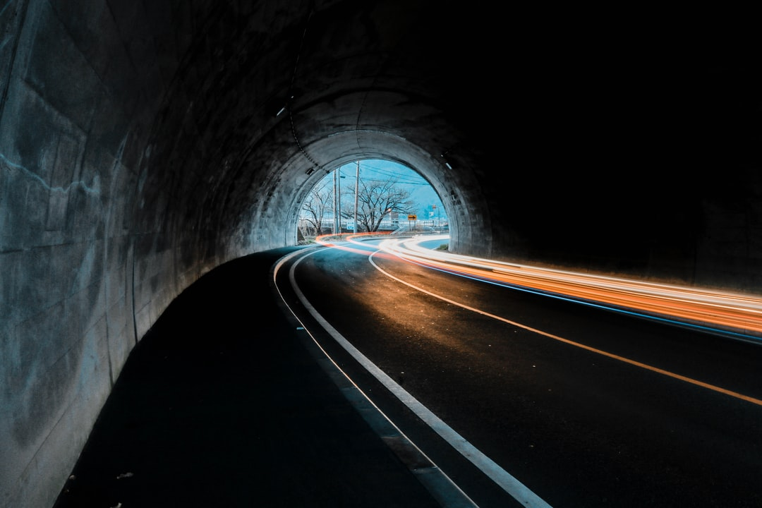 Tagfahrlicht im Tunnel