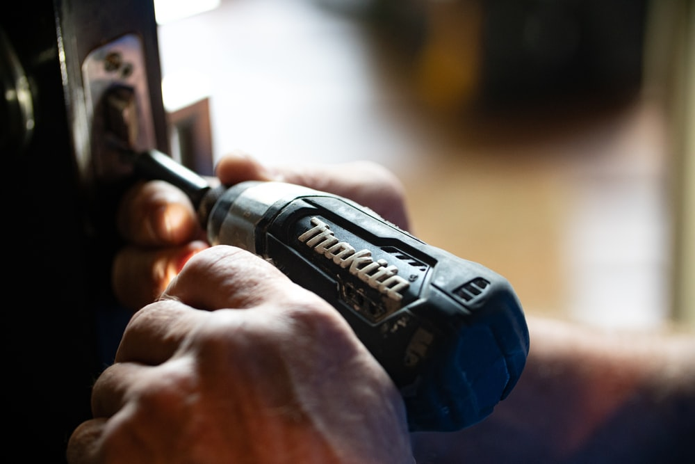 500 Handyman Pictures Hd Download Free Images On Unsplash