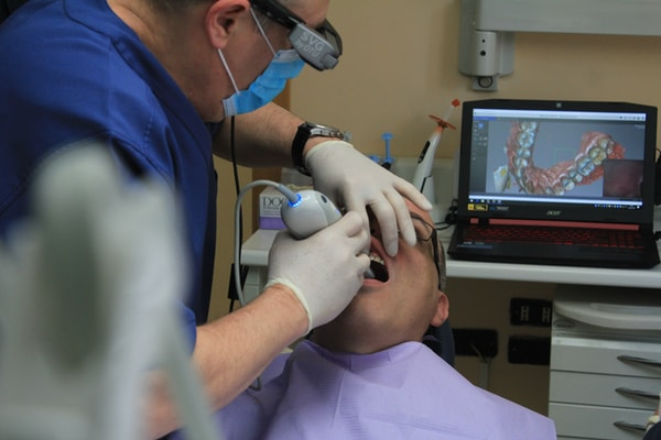 Large-scale lending for a new dentist in business for less than 18 months