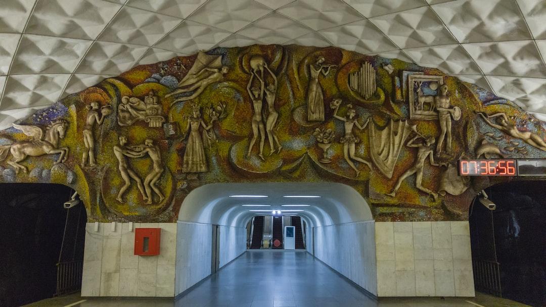 Tbilisi city, georgia travel المان های داخل متروی تفلیس