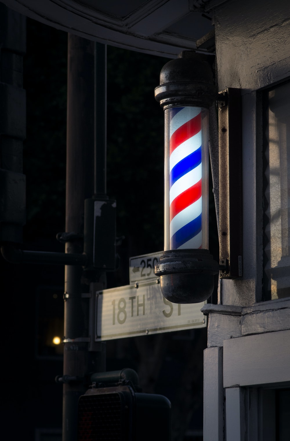 white, red, and blue barber's pole