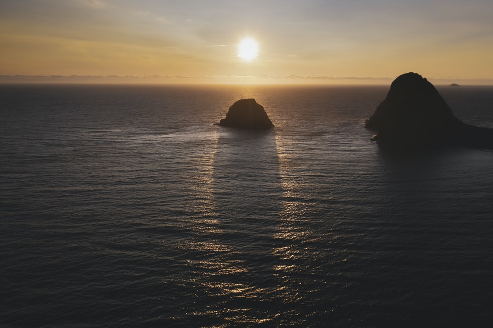 silhouette of island scenery