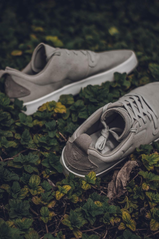 pair f gray low-top sneakers