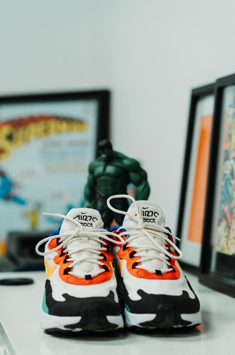 white Nike Air Max 70 shoes photo – Free Apparel Image on Unsplash