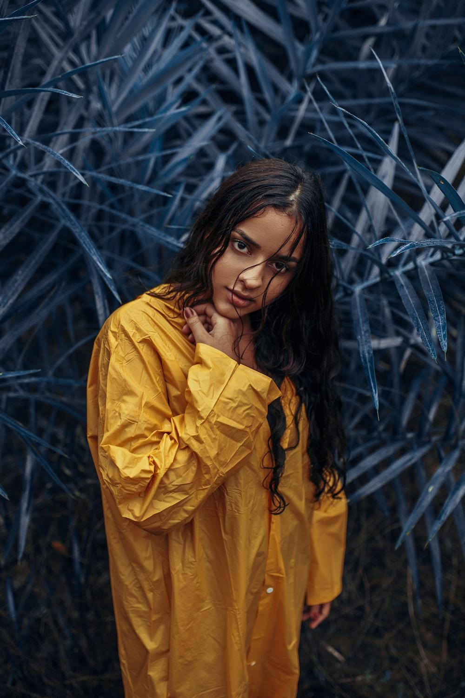women's yellow derss