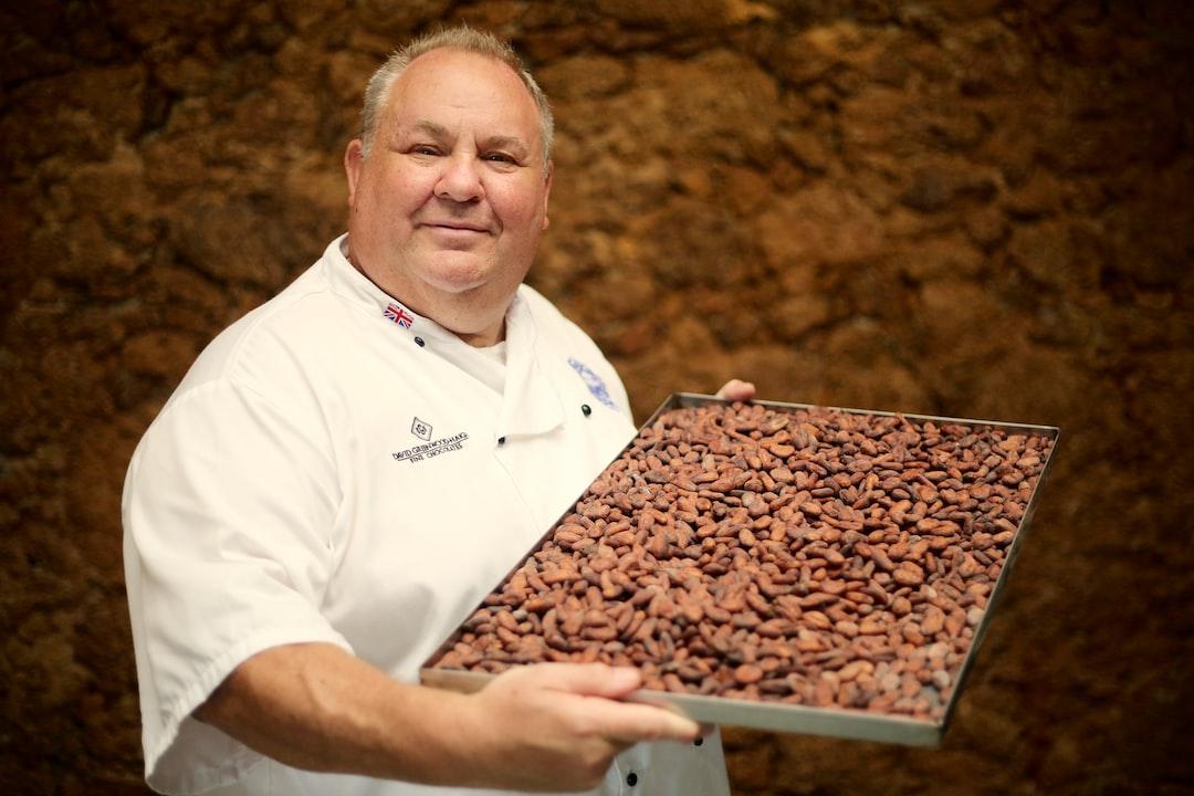 Chocolatier with São Tomé dried cocoa beans