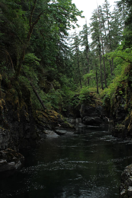 river during daytime
