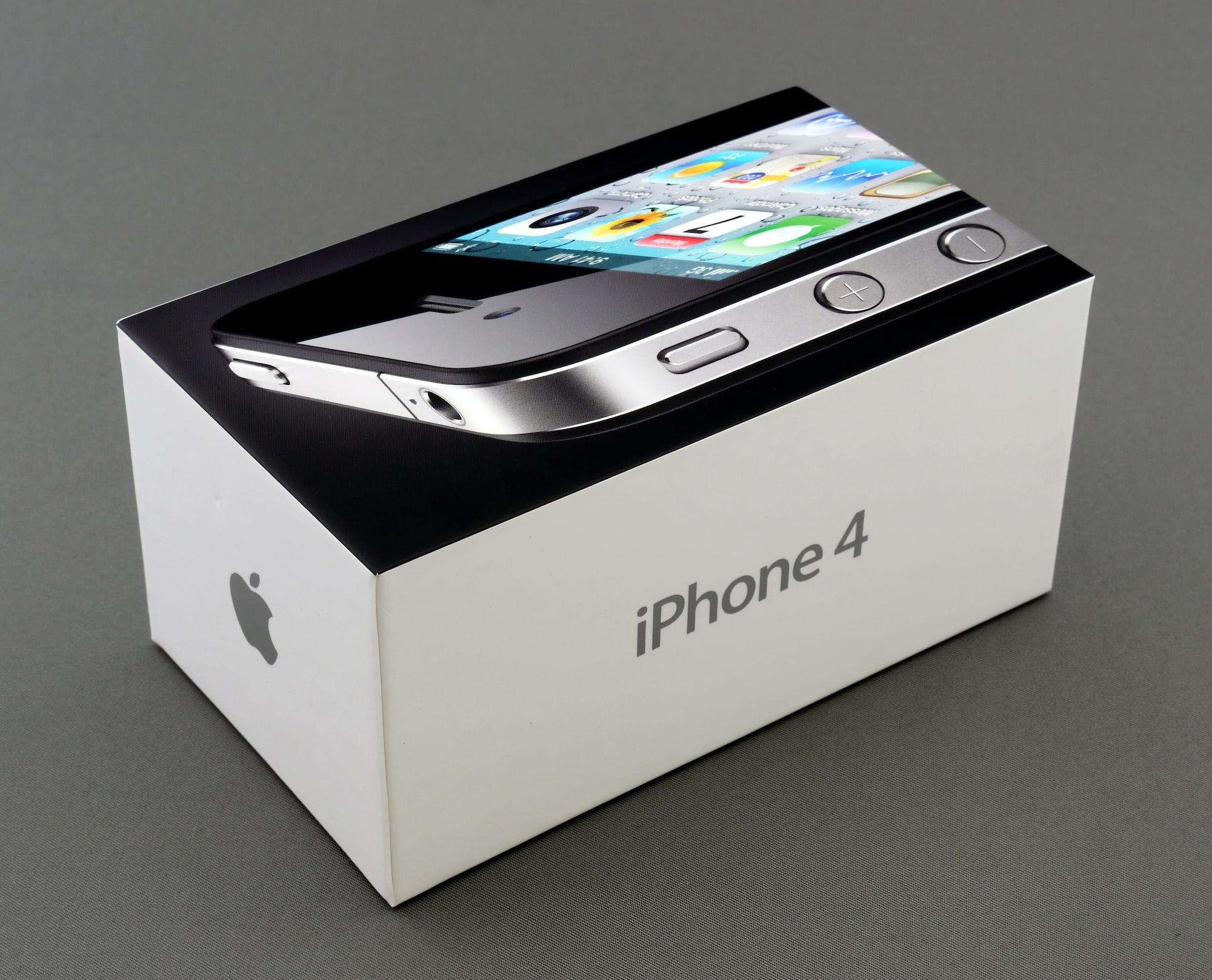 No iPhone 'death grip' Down Under