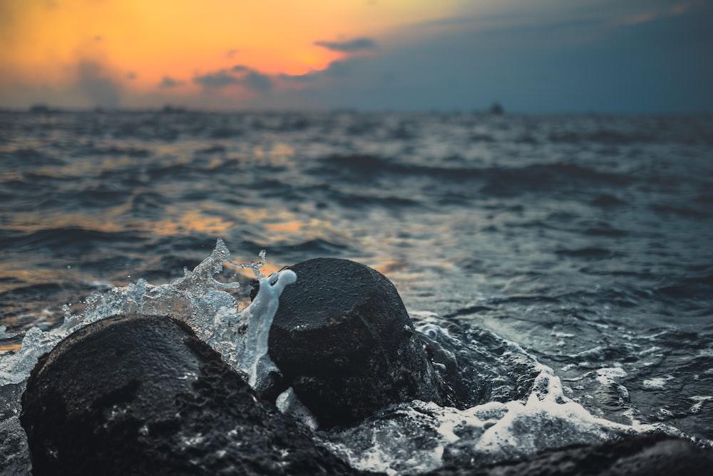 water crashing into the rocks