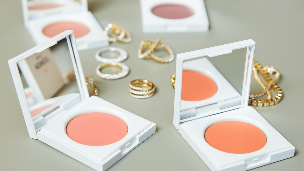 beige blush on case with mirrors