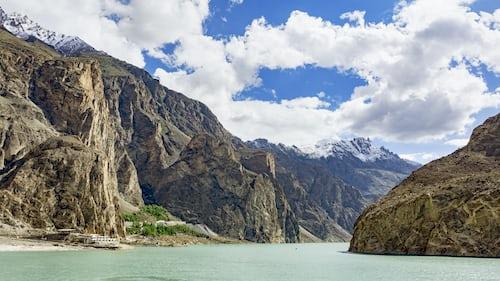 Attabad Lake Hunza, Gilgit-Baltistan, 5 beautiful lakes in Gilgit-Baltistan.