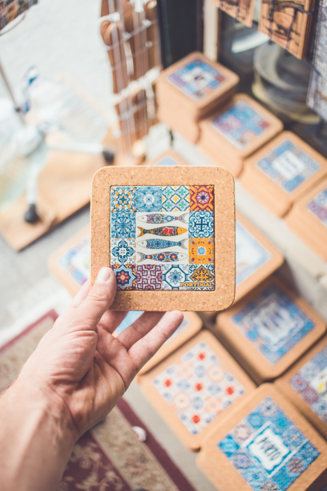 Travel&Shopping: 10 most collected souvenirs around the world