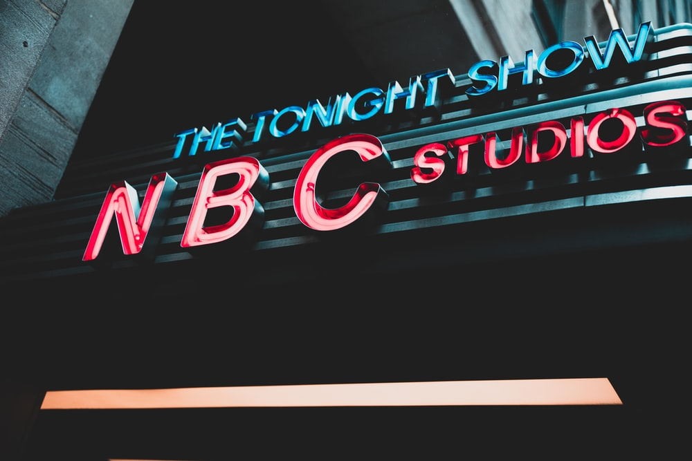 turned-on NBC neon signage