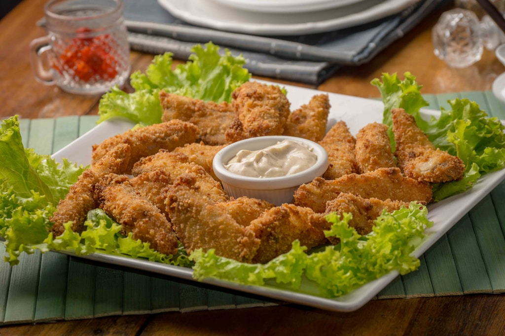 fried chicken with dip