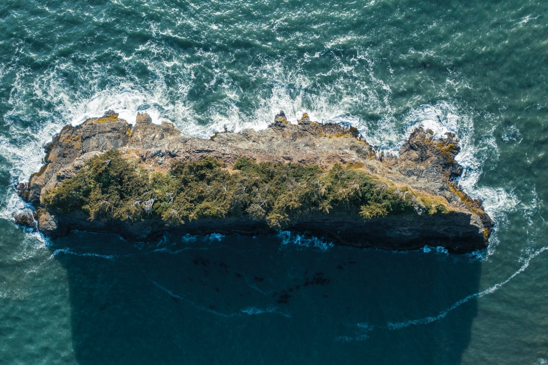 Another shot from a collection of sea monoliths on the southern Oregon coast. I wanted to capture that windswept stand of pine trees on this large rock. An unusually calm day at the Pacific Ocean gave me the opportunity to get some drone shots of this beautiful island.