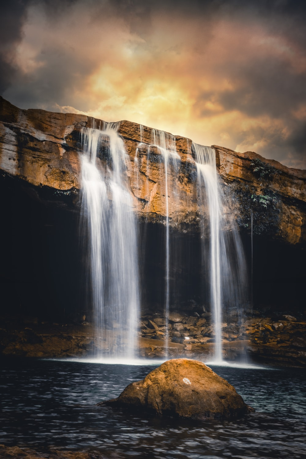 500 Waterfall Images Stunning Download Free Pictures On Unsplash