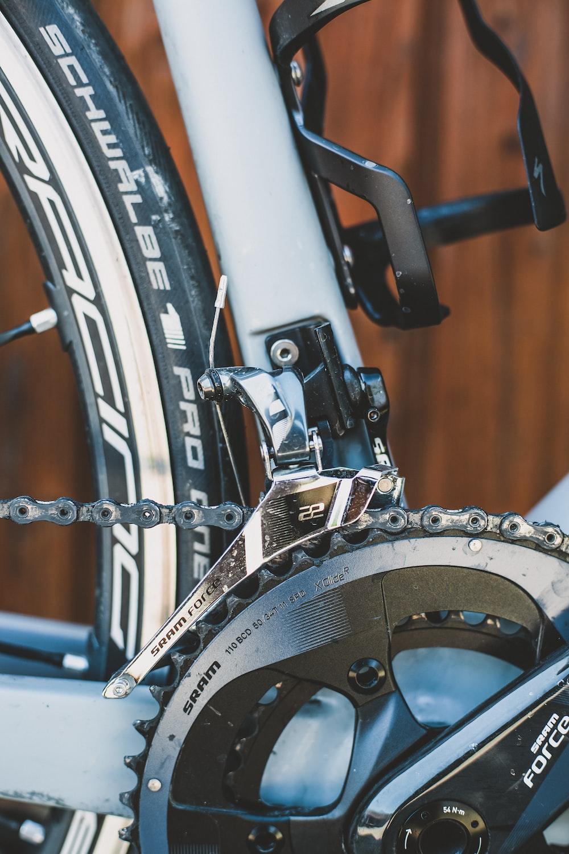 closeup photo of bicycle chain