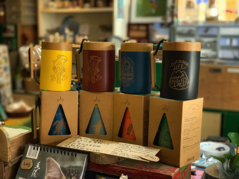 assorted-color mug lot
