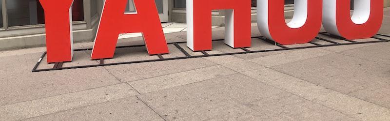 ヤフーとLINEが経営統合を会見で発表。Zホールディングスの完全子会社へ。
