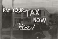 """Sign, Harlingen, Texas.\n1939. Photographer Lee Russell"""