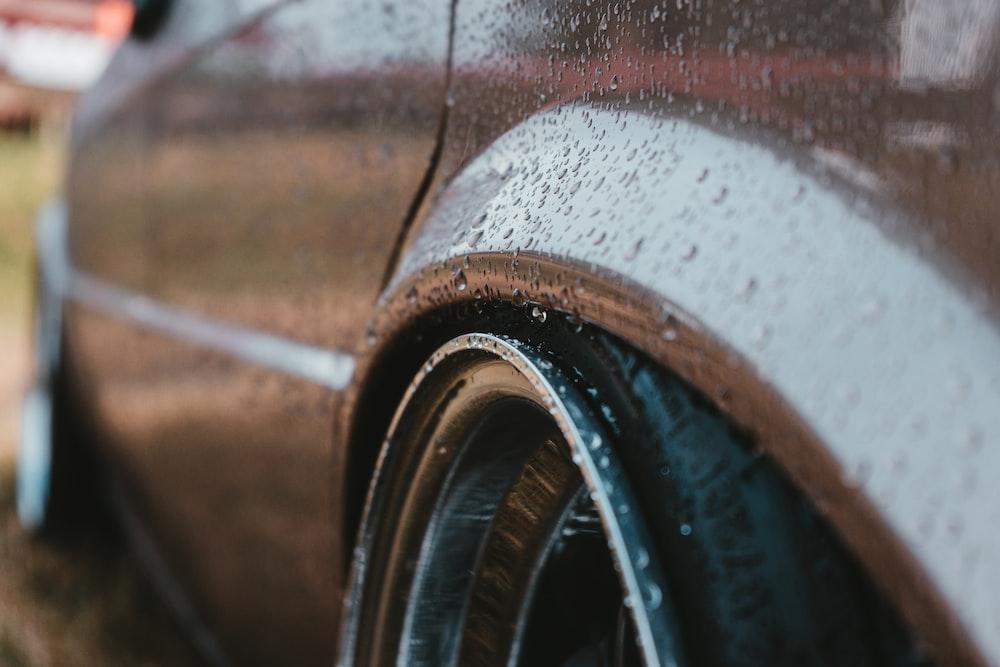 brown car close-up photography