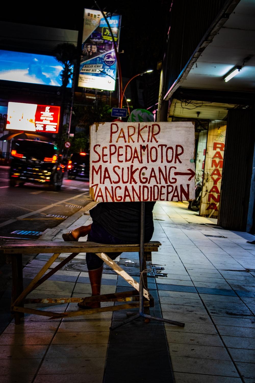 parkir sepedamotor signage