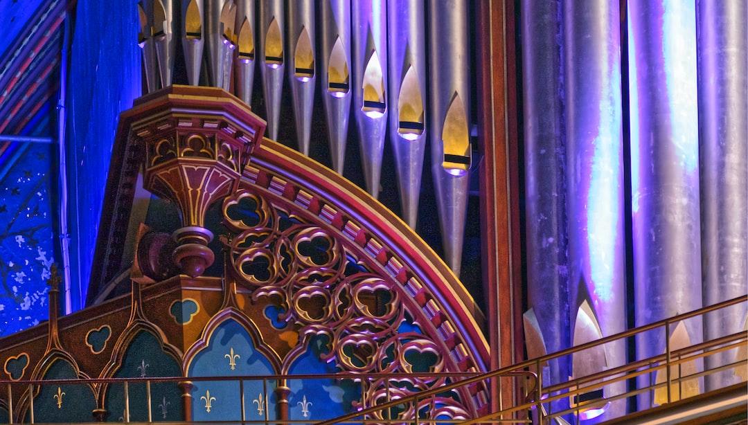 Détail des tuyaux d'orgue de la basilique Notre Dame de Montréal