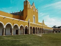 Uxmal - Mayapan - Izamal - Valladolid
