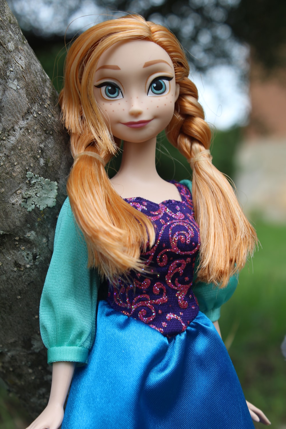 100 doll pictures download free images on unsplash 100 doll pictures download free