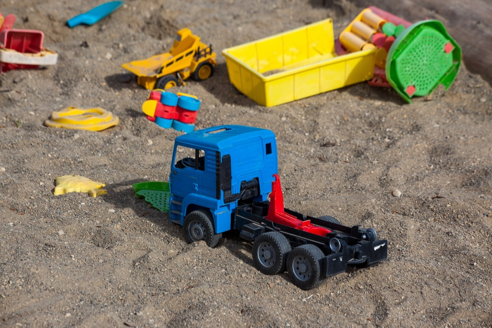 blue truck toy