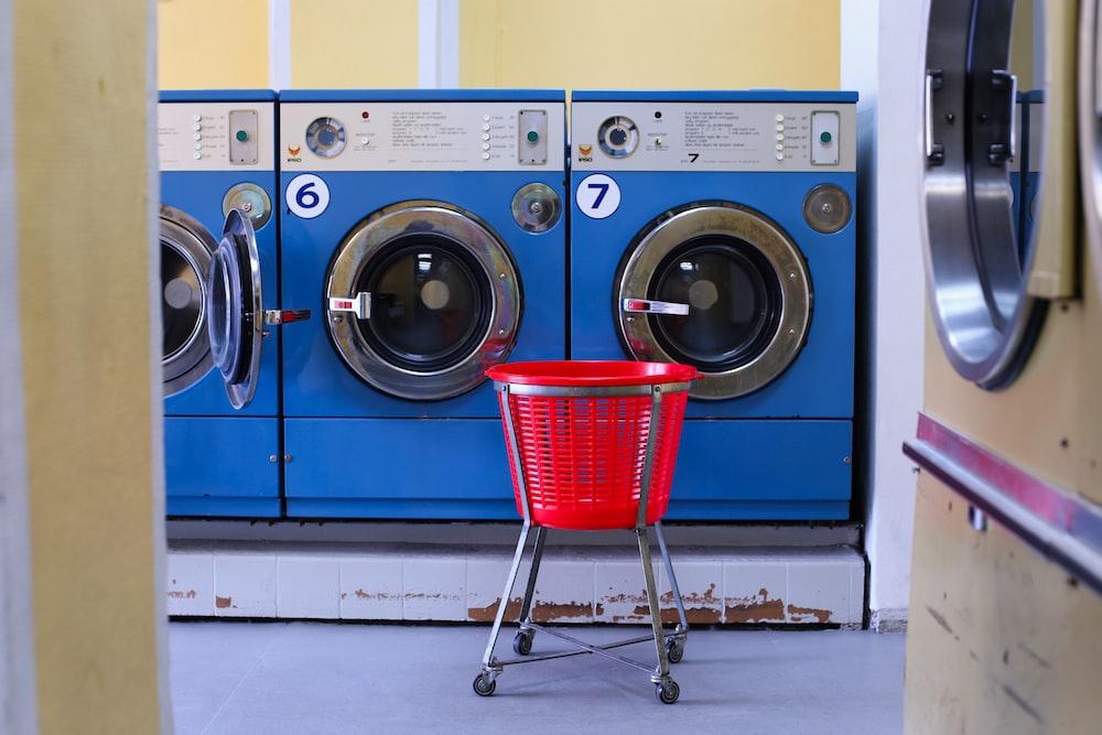 washing machine to wash muddy shoes