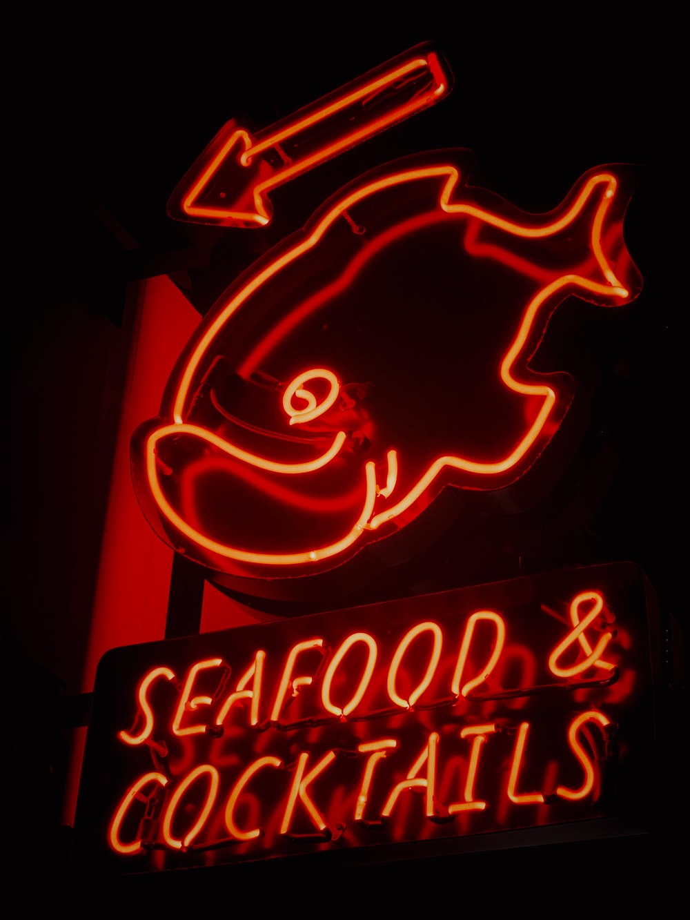 Seafood and Cocktails LED signage