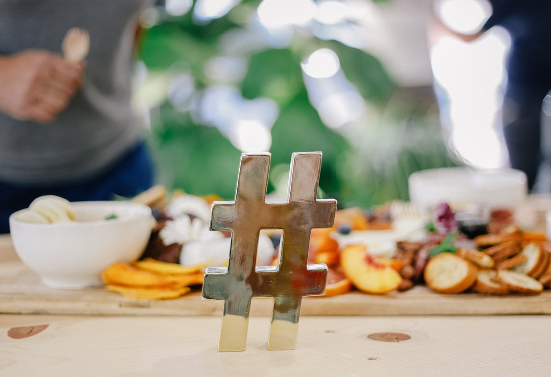 Insight into the best hashtags for small business growth on Instagram 🏪