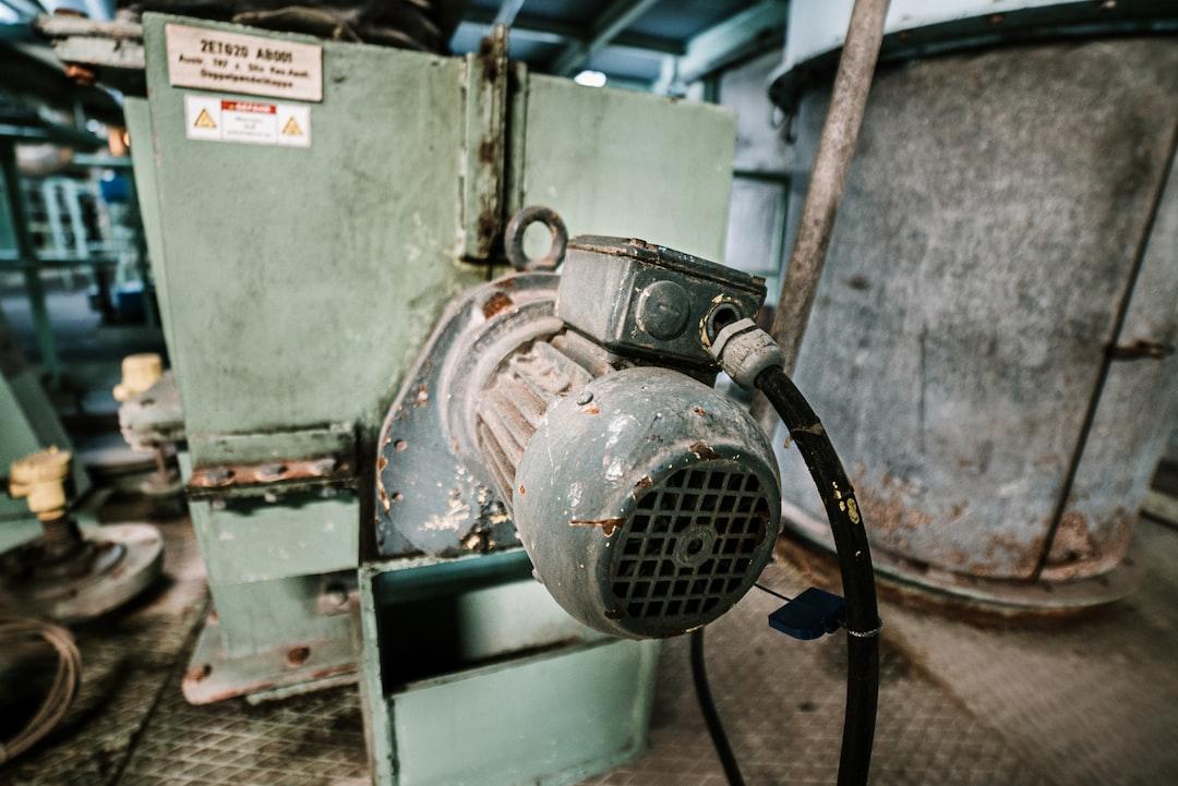 old electric motor in the Müllverbrennungsanlage Bonn.