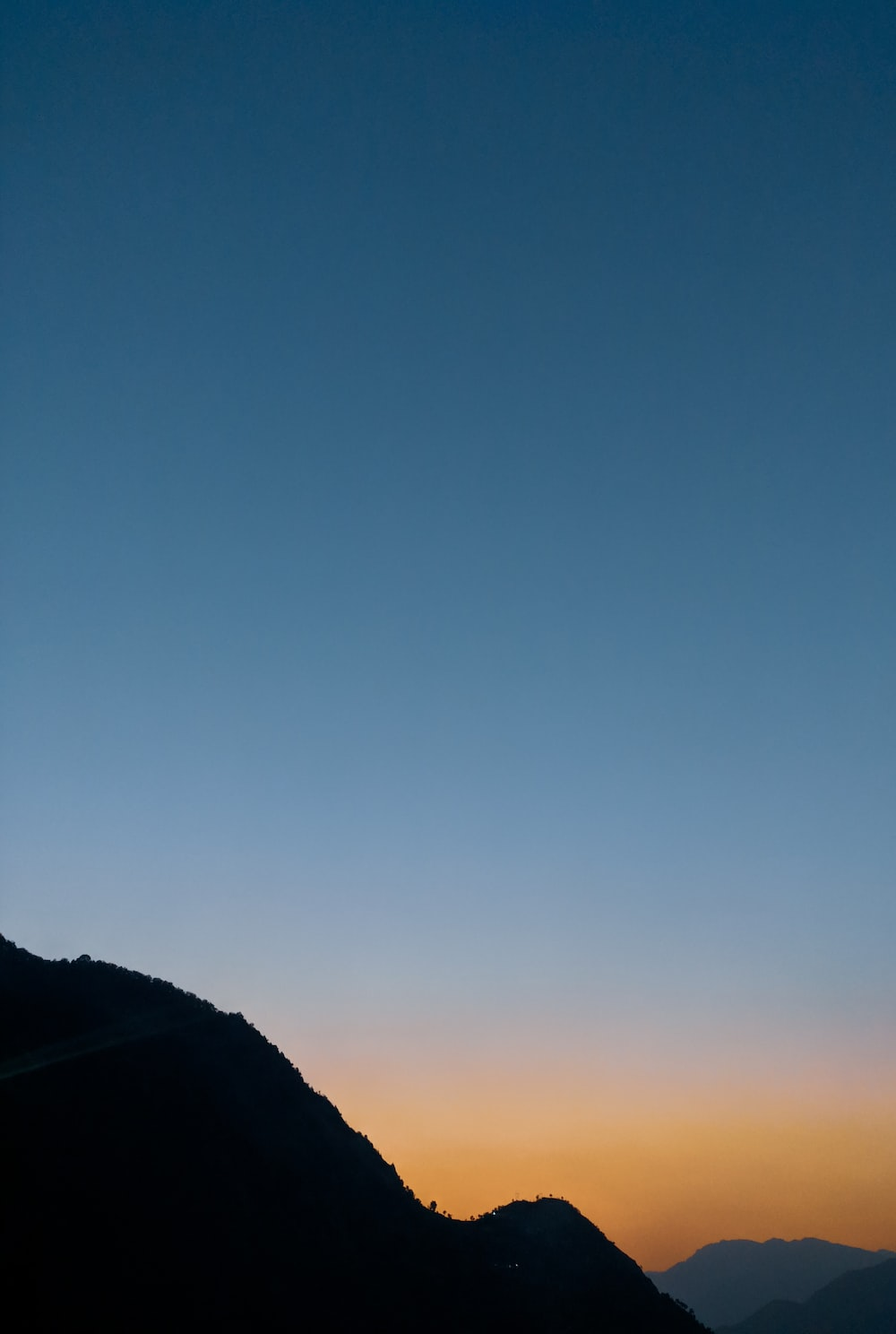 silhouette of mountian