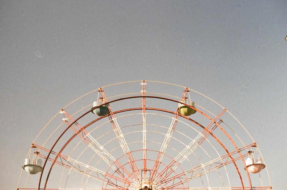 closeup photo of ferris wheel