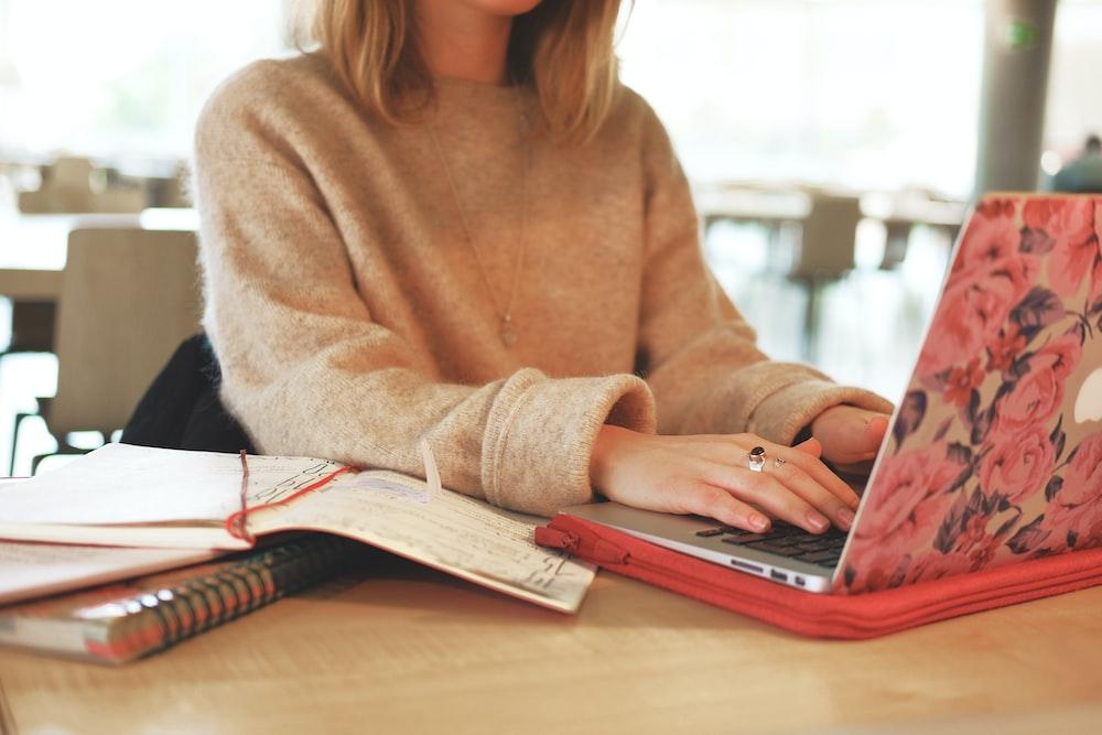 women's brown crew-neck sweater