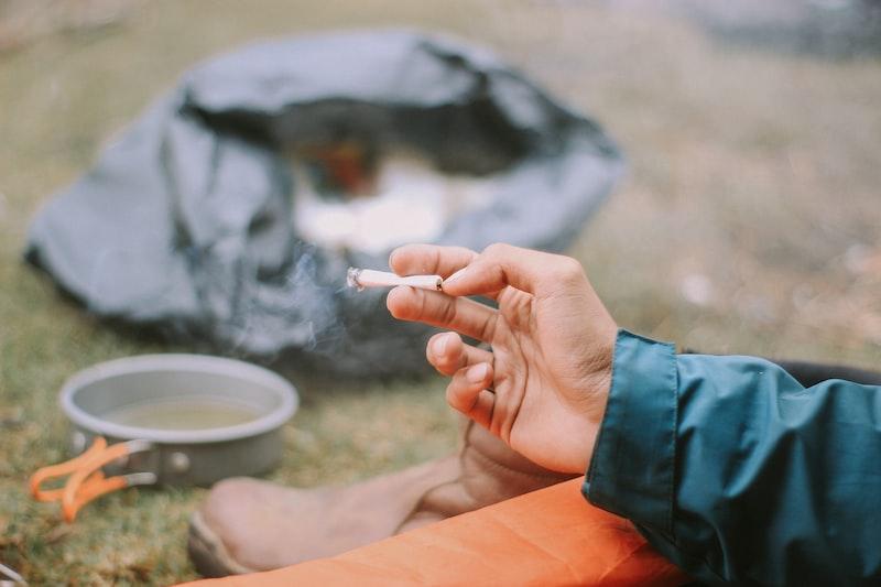 酒 菸 社會階層 交際 壓迫剝削