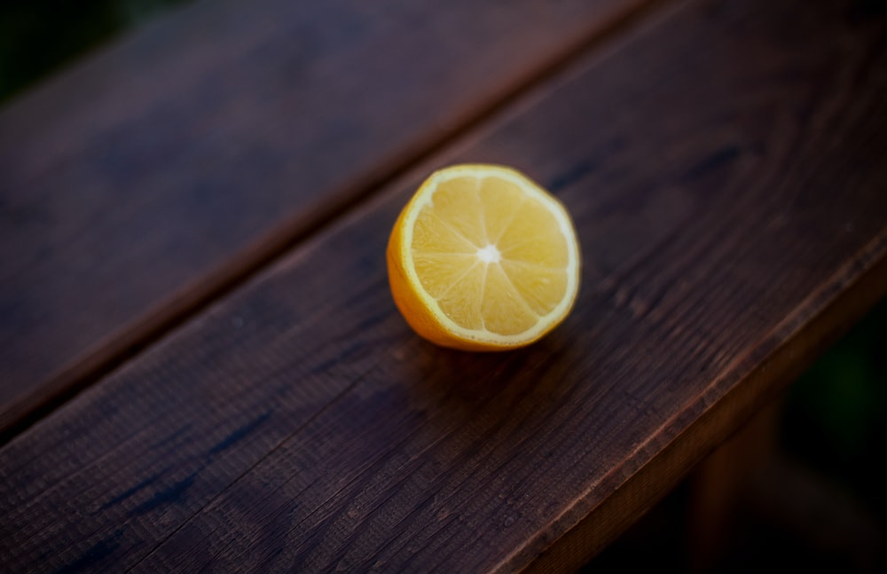 closeup photo of sliced citrus fruit