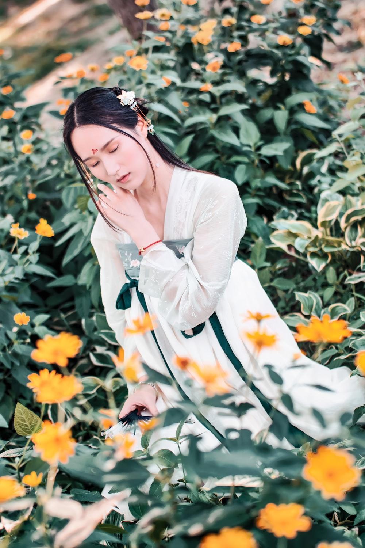 women's white long-sleeved dress