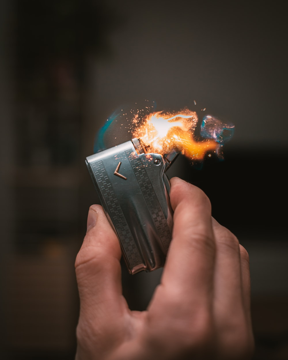 gray electric lighter
