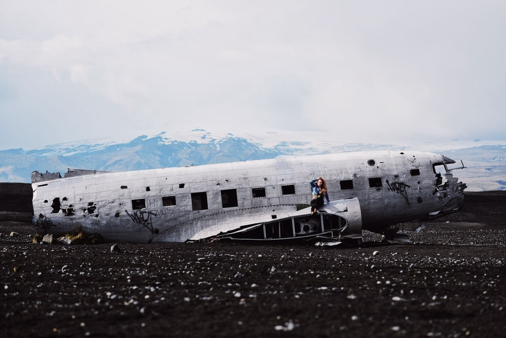 wrecked airliner