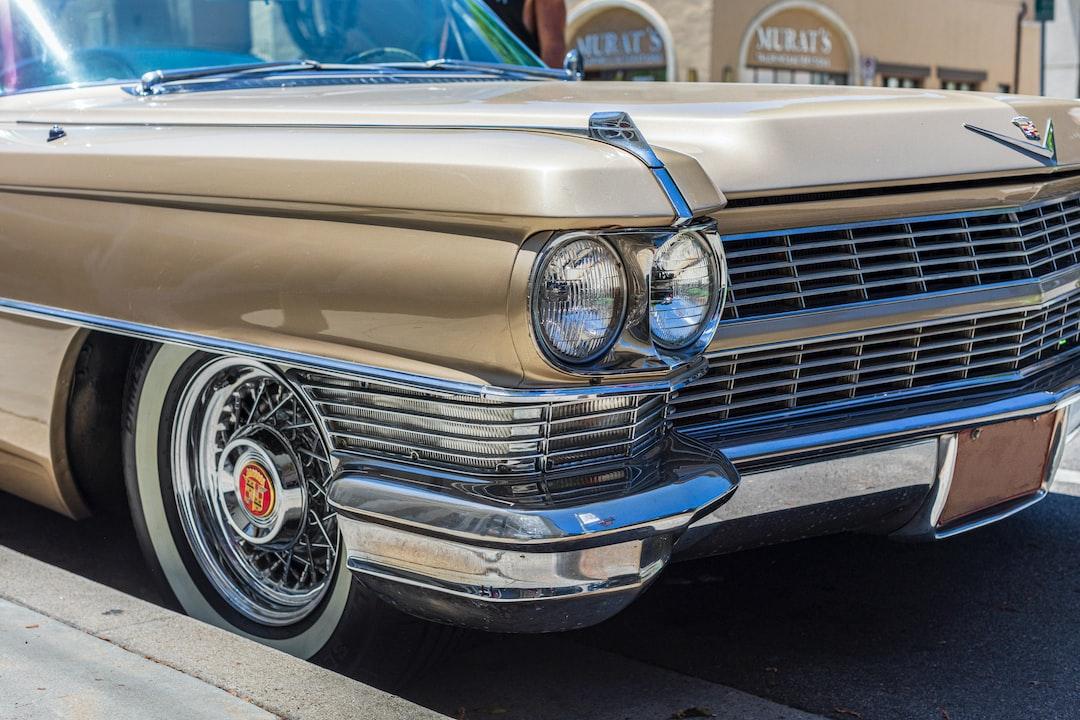 Historical Vehicle on Montana Ave, Santa Monica