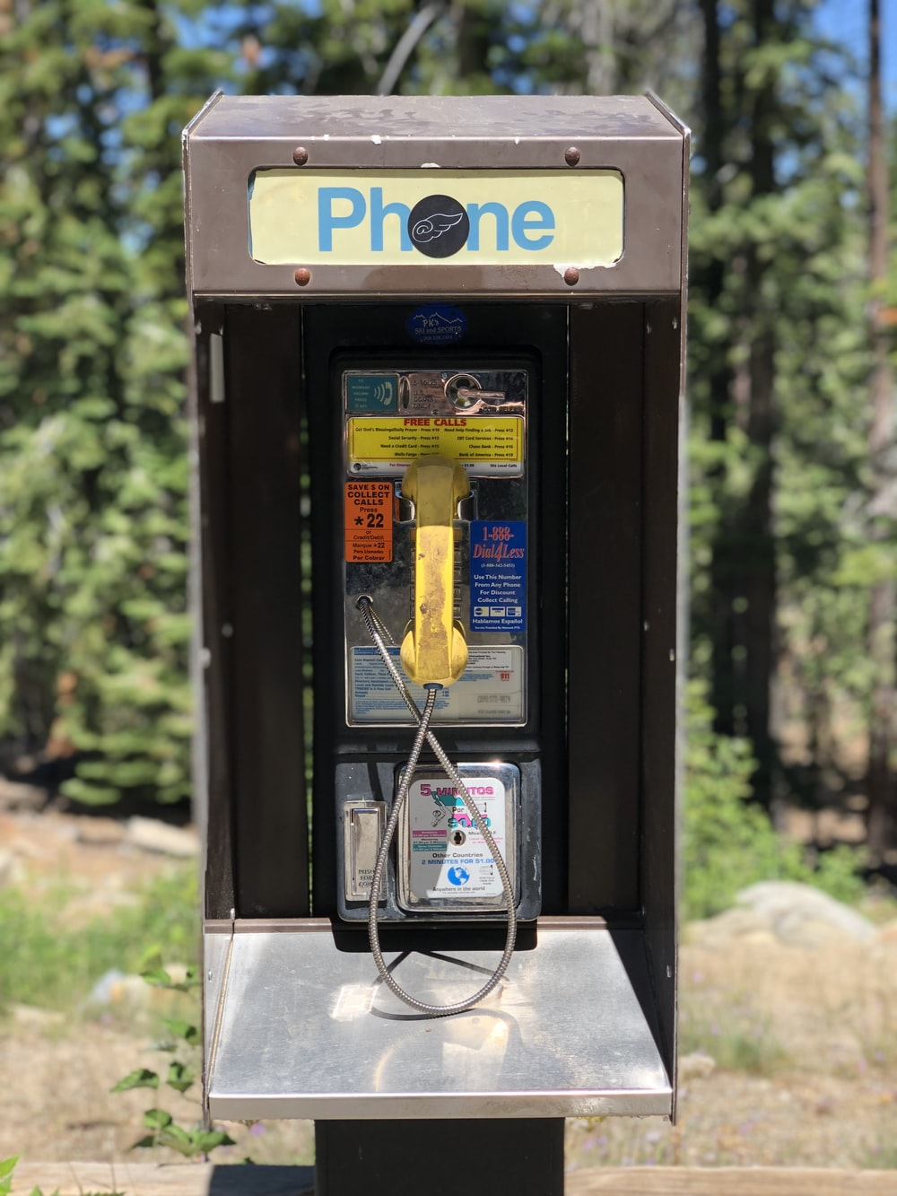 black and red payphone