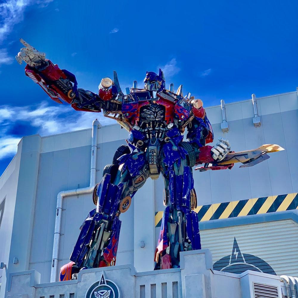 Transformer Optimus Prime standee
