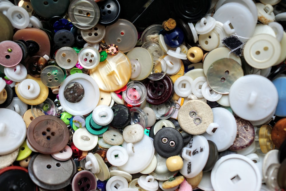 assorted-color buttons