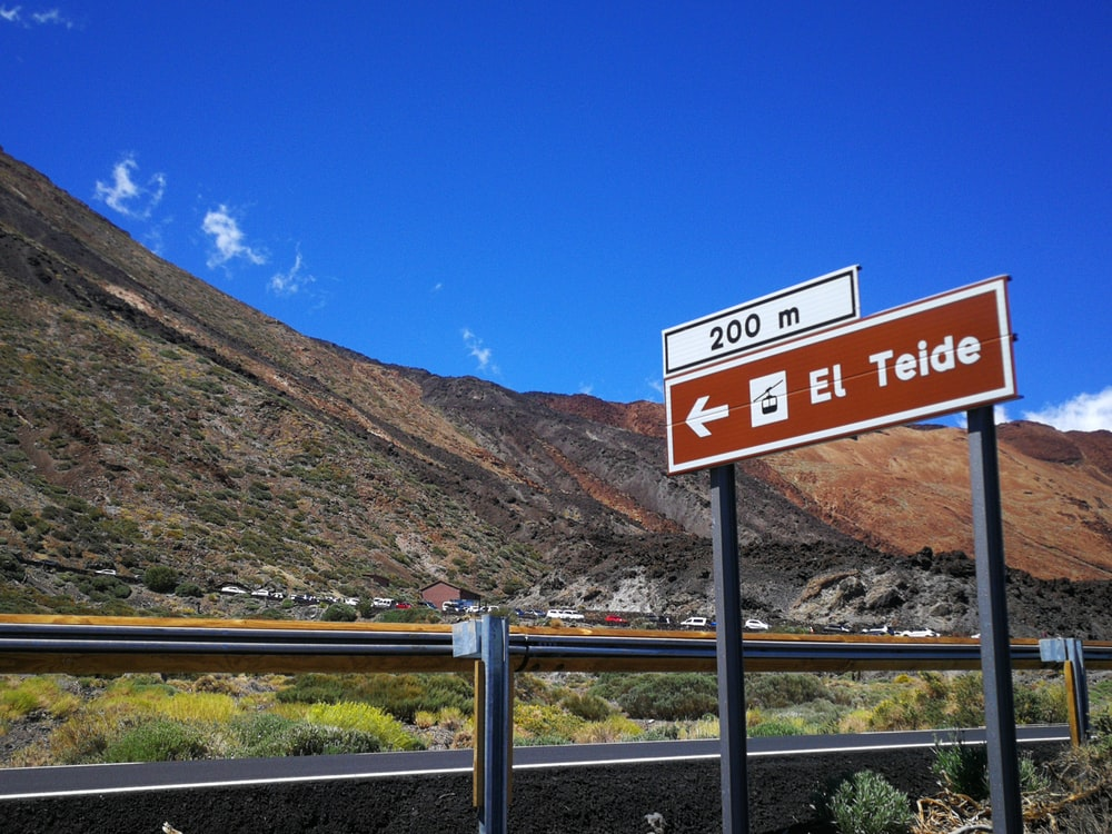 El Teide signage