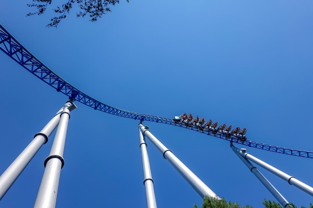 blue and white amusement ride